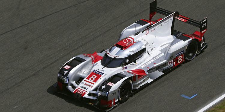 Porsche mantiene el ritmo en el FP2 nocturno