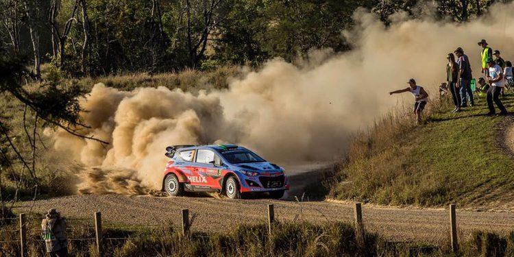 Hayden Paddon prepara el Rally de Córcega en Le Mans
