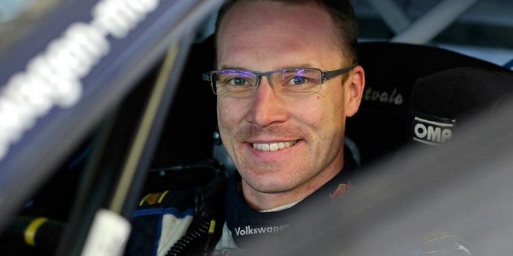 Latvala sufre un accidente en los test de Francia