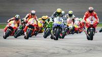 Lorenzo lidera, Rossi acecha en los FP de MotoGP en Motorland