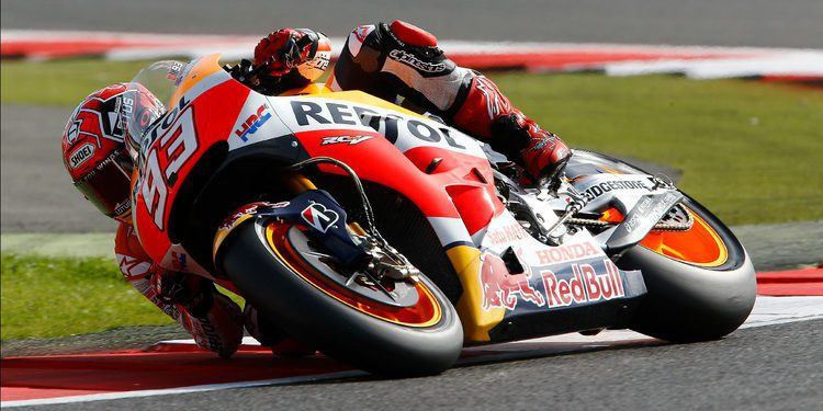 Marc Márquez consigue la pole position arrastrándose