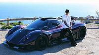Lewis Hamilton disfruta con su Pagani Zonda 760LH