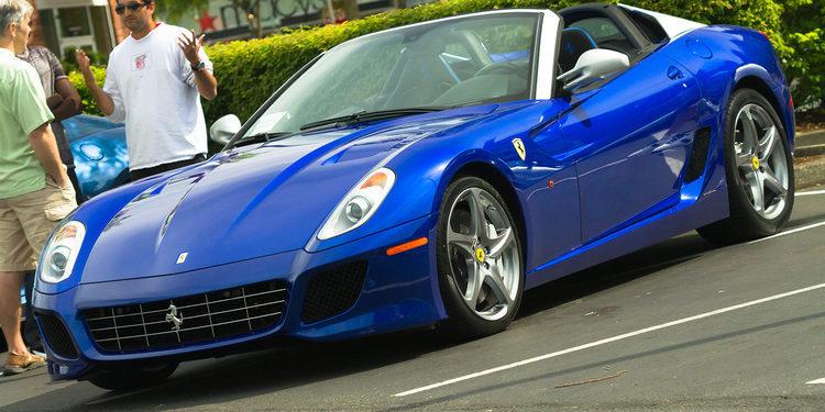 A subasta un ejemplar del Ferrari 599 SA Aperta