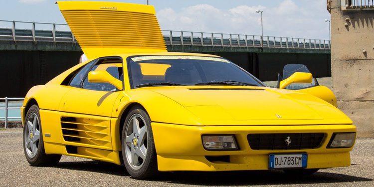 Ferrari 348 Challenge con doble turbo y 610 caballos