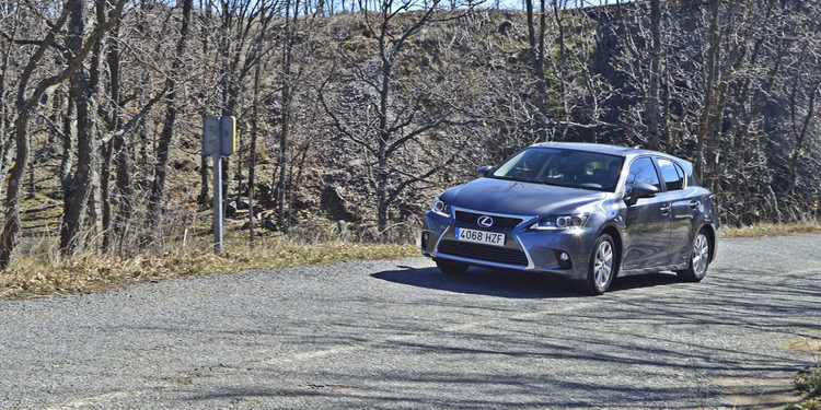 10 años de Lexus Hybrid - 2010 Lexus CT 200h