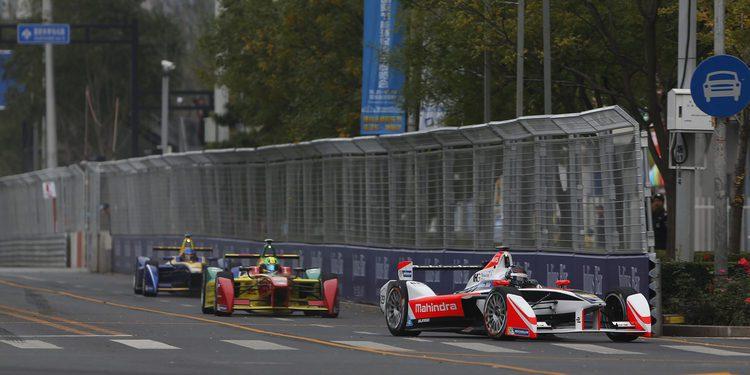 Nick Heidfeld termina tercero en Pekín