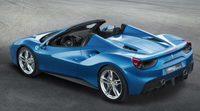Chris Harris prueba el Ferrari 488 GTB en vídeo