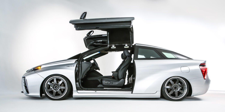 Toyota Mirai homenaje al DeLorean de 'Regreso al Futuro' para el SEMA 2015