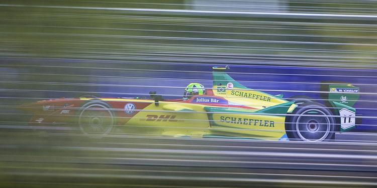 Lucas Di Grassi se impone en un accidentado Putrajaya eprix