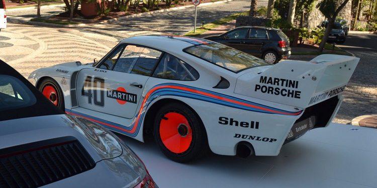 El único y legendario Porsche 935 2.0 'Baby' 1977 en vivo