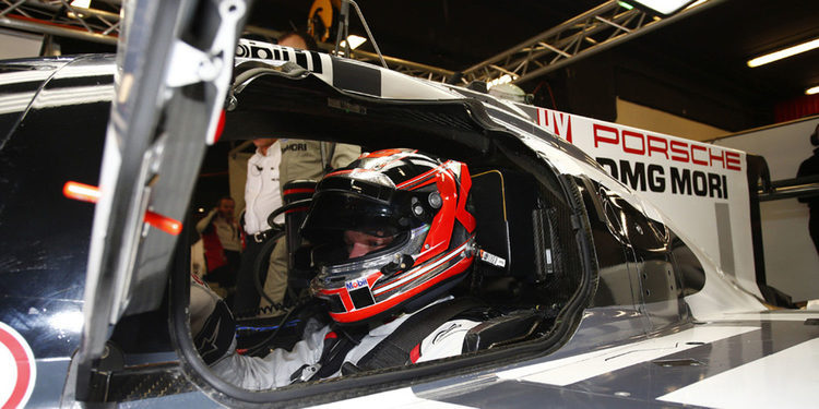 Kevin Magnussen prueba el Porsche LMP1