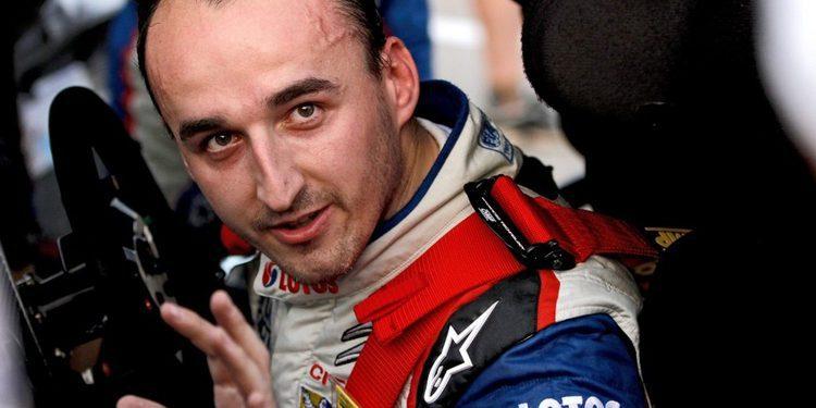 Kubica seguirá dando guerra al menos una temporada más