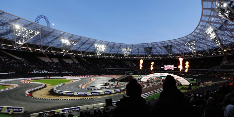 Sebastian Vettel vence la Race of Champions 2015 en Londres