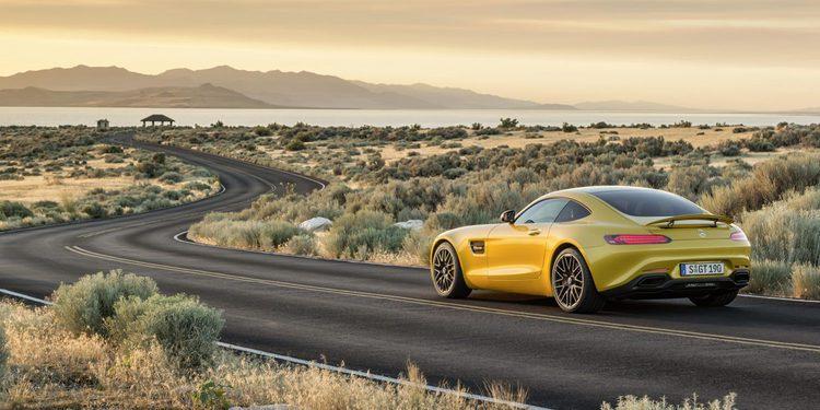 La nueva versión R del Mercedes AMG GT en vídeo