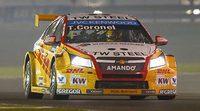 Tom Coronel podría pasar a Münnich Motorsport en 2016
