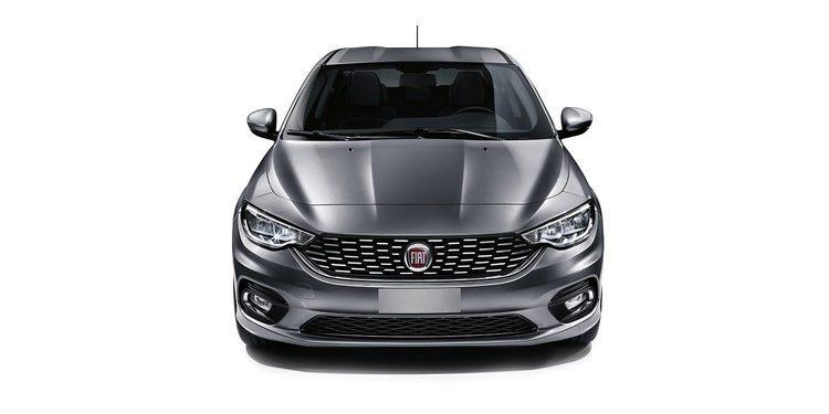 El nuevo Fiat Tipo 2016 versión 5 puertas cazado en vídeo