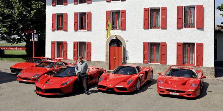 Enfrentamiento en pista entre los 5 Ferrari más radicales