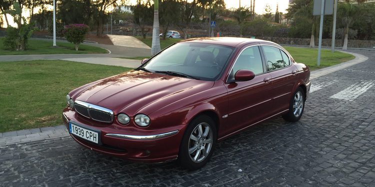 Analizamos el denostado Jaguar X-Type 2.0 D de 2003