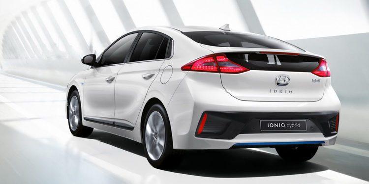 Primeras imágenes y datos del Ioniq, el primer híbrido y eléctrico de Hyundai