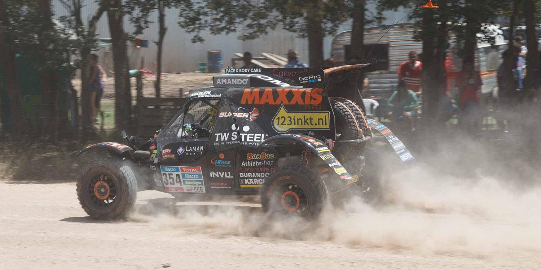 Tom Coronel obligado a abandonar el Dakar