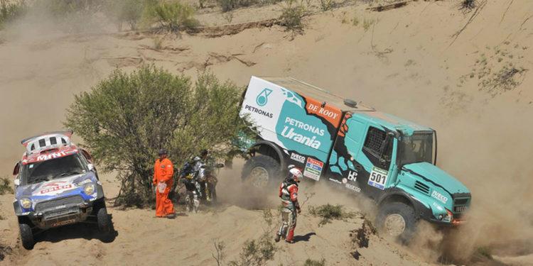 Dakar 2016 | Camiones: De Rooy, a punto