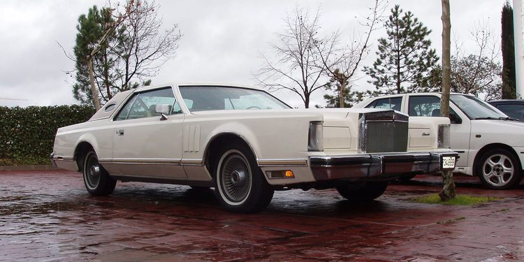 Un clásico muy americano, Lincoln Continental Mark V Coupe 1978
