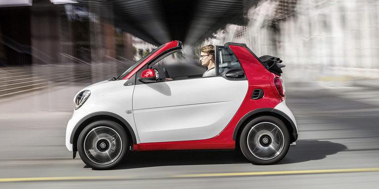 El nuevo smart fortwo cabrio: Verano en la ciudad