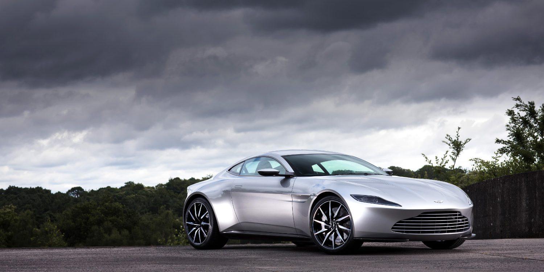 El Aston Martin DB10 de James Bond sale a subasta