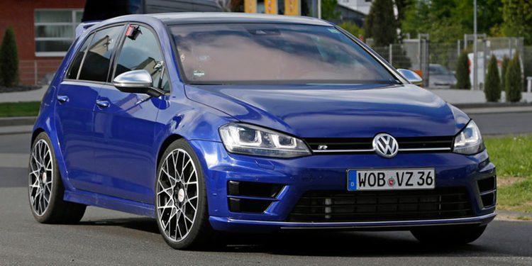 El restyling del Volkswagen Golf llegará en Marzo, seguido por el R420