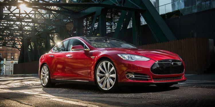 Tesla pondrá a la venta dos modelos de 30.000 dólares
