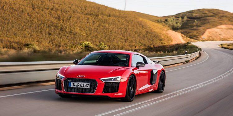 El Audi R8 protagonizará 60 segundos del descanso de la Super Bowl 2016