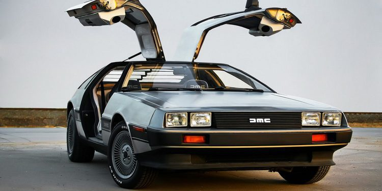 Google esconde un DeLorean DMC-12 en su campus en Silicon Valley