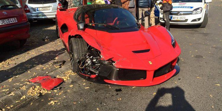 Famoso paragolpes de un Ferrari LaFerrari a la venta en la red