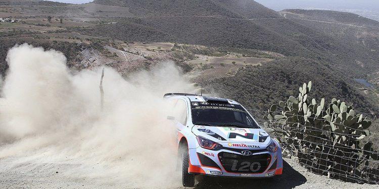Hyundai encuentra una pérdida de aceite en el i20 WRC