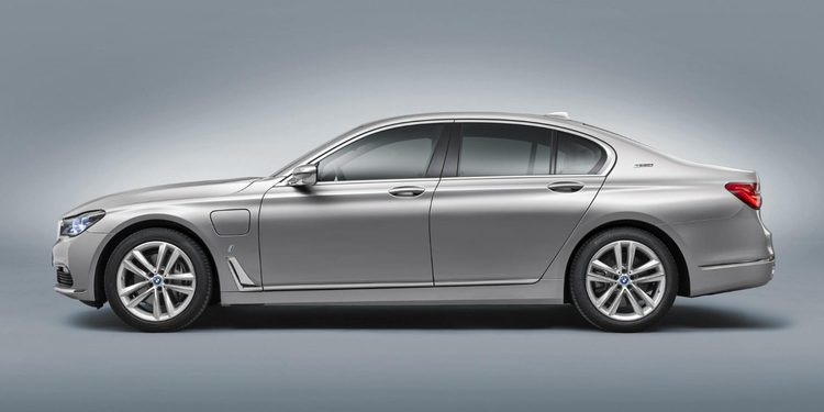 Los nuevos BMW Plug-in Hybrid serán conocidos como BMW iPerfomance