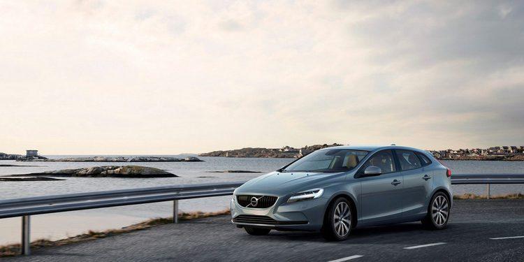 Volvo presenta algunos cambios en el restyling del V40