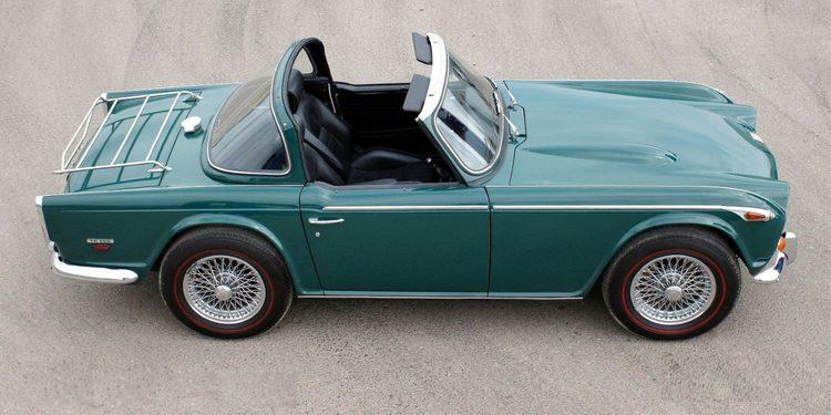 Triumph TR 250, el deportivo británico más americano