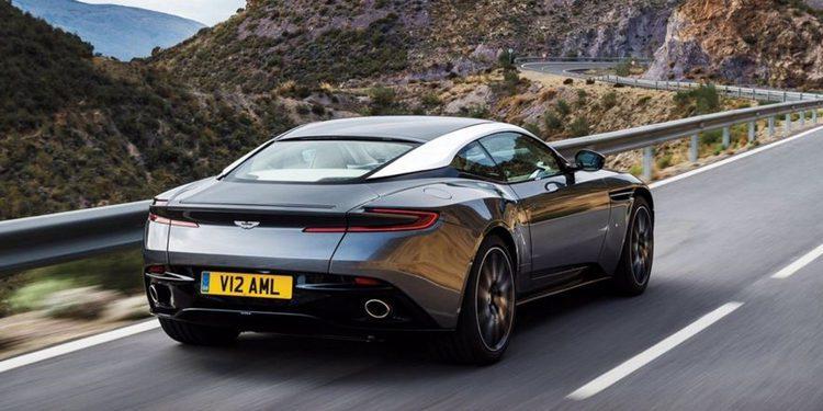 Se filtran las primeras imágenes oficiales del nuevo Aston Martin DB11