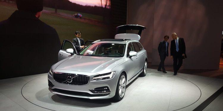 Volvo lleva a Ginebra los nuevo S90 y V40