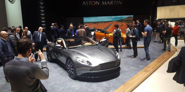 Las mejores imágenes del nuevo Aston Martin DB11 desde el Salón de Ginebra