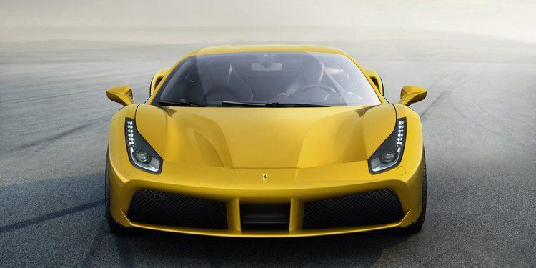 Disfruta de un Ferrari 488 GTB a fondo en vídeo