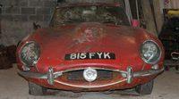 El Jaguar E-Type del creador del logo de The Beatles vendido por 74.770 euros