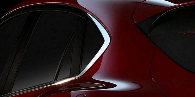 Primera fotografía a modo de teaser del nuevo Mazda CX-4