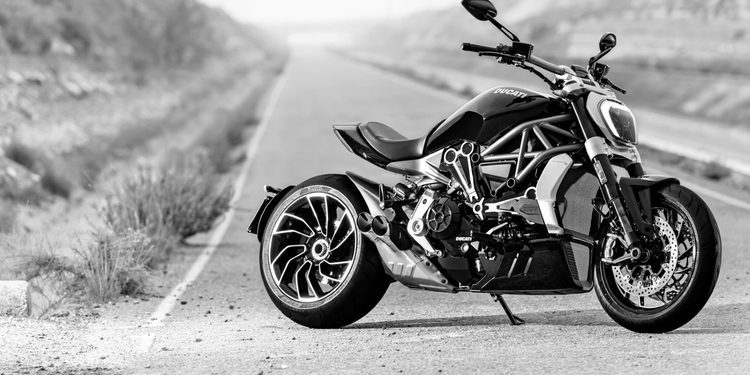 Contacto: Ducati XDiavel 2016, la nueva cruiser italiana