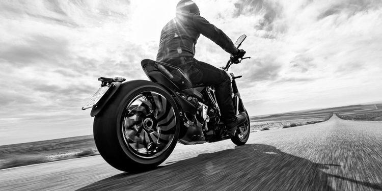Contacto: La nueva Ducati XDiavel en la carretera