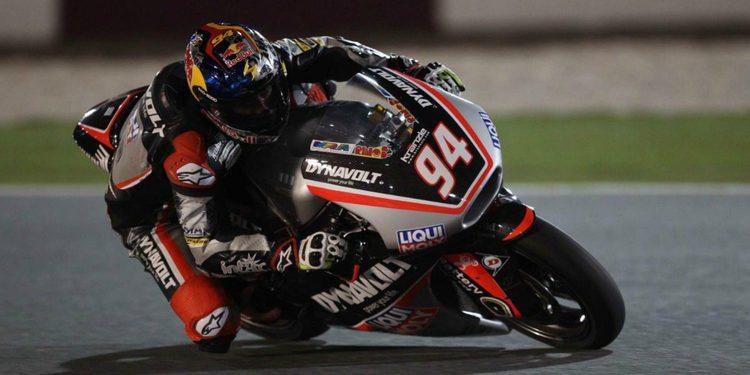 Jonas Folger golpea primero en Moto2
