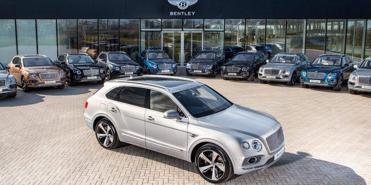 Bentley hace entrega de los primeros Bentayga en un exclusivo evento