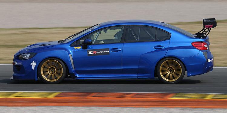 Luigi Ferrara pilotará el Subaru TCR en Bahréin