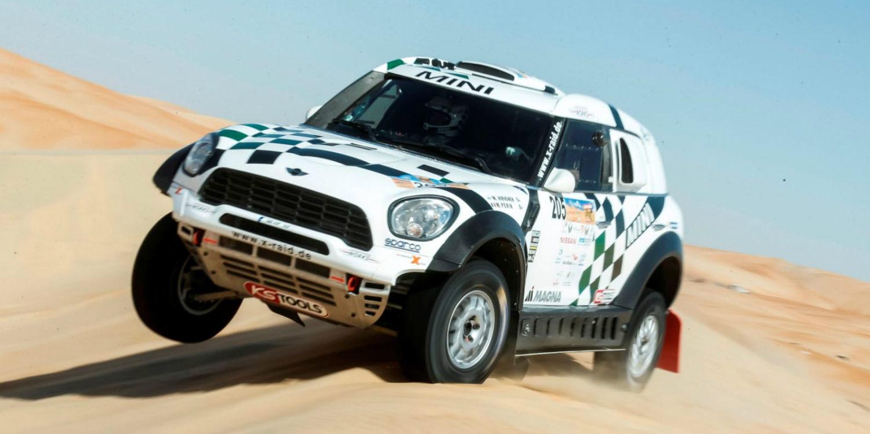 Hirvonen puede con Al-Attiyah en Abu Dhabi