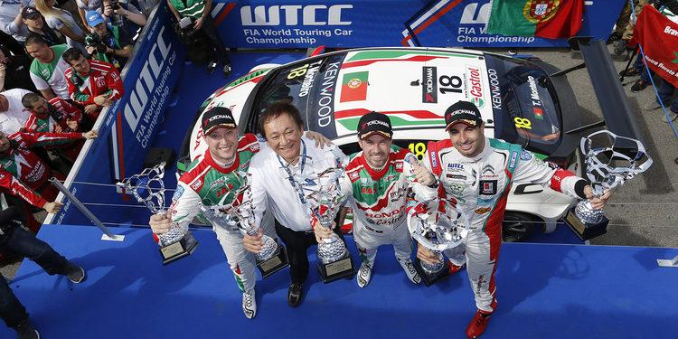 Tiago Monteiro y Honda, al frente del WTCC tras Slovakia Ring